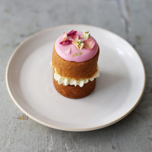 Recipe: Pretty in Pink Baby Cakes
