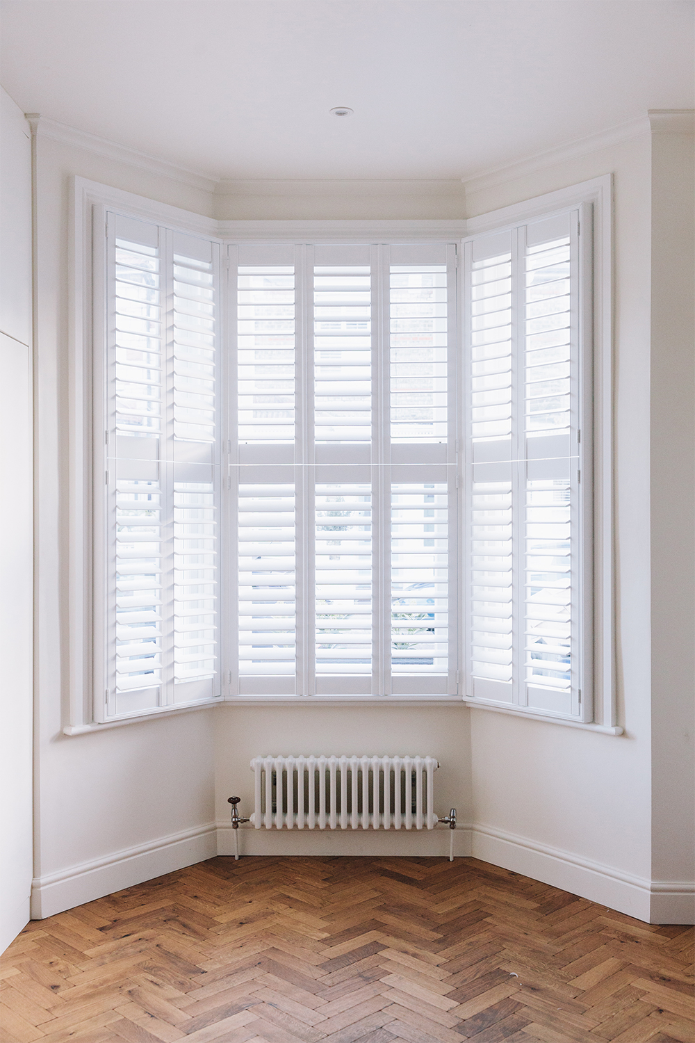 khoollect hq front room shutters