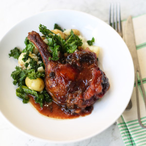 Recipe: crispy spiced duck with plum sauce